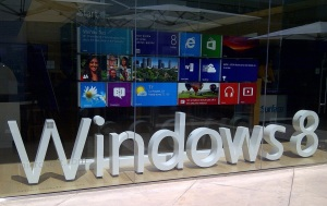 Microsoft-Store-Century-City-Mall-Los Angeles-by-Inovasi-com