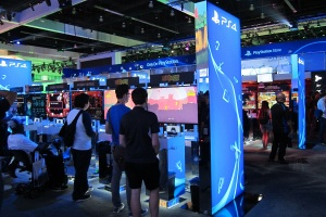 PlayStation-Sony-E3-Los-Angeles-inovasi-com