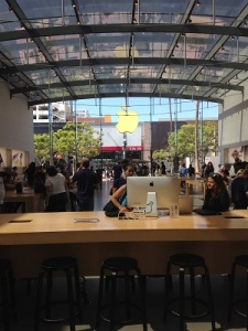 Apple-Store-Santa-Monica-Inovasicom